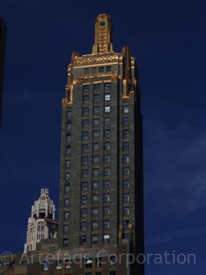 Photograph of Carbide and Carbon Building / Hard Rock Hotel - Chicago, Illinois