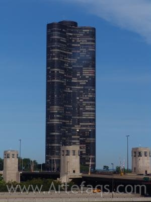 Stock photo of Lake Point Tower - Chicago, Illinois