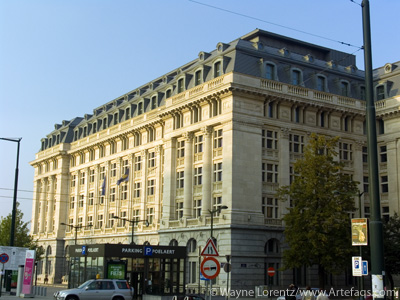 Photograph of Building on Place Poelaert - Brussels, Belgium