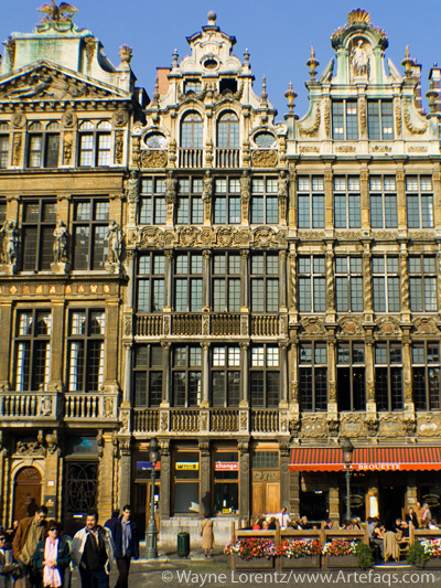 Photograph of Le Sac and La Brouette - Brussels, Belgium