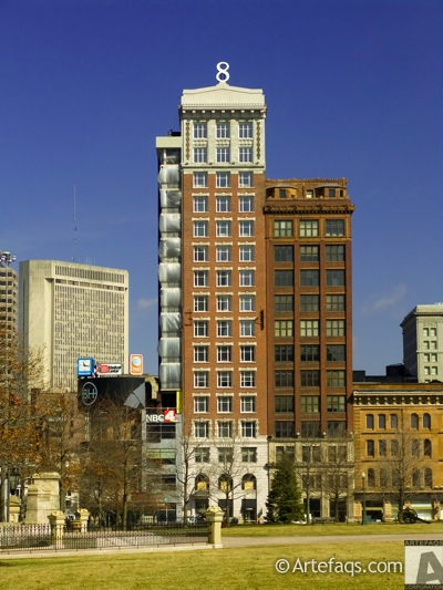 Photograph of 8 on the Square - Columbus, Ohio