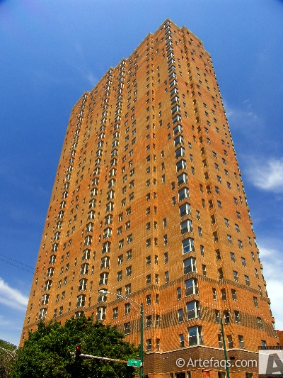 Photograph of 100 West Chestnut Apartments - Chicago, Illinois
