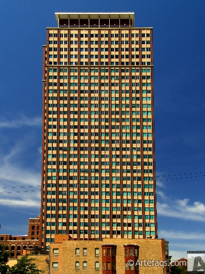 Photograph of Chestnut Tower - Chicago, Illinois