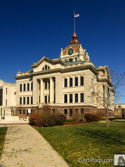 Photograph of Brown County Courthouse - Green Bay, Wisconsin