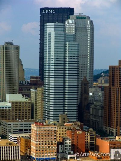 Stock photo of 1 Oxford Centre - Pittsburgh, Pennsylvania