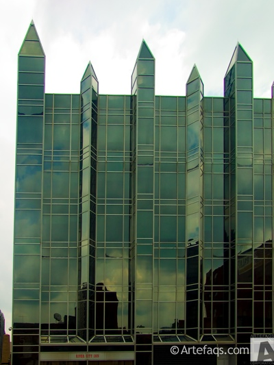 Photograph of 5 PPG Place - Pittsburgh, Pennsylvania