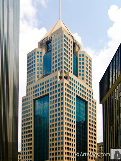 Stock photo of Fifth Avenue Place - Pittsburgh, Pennsylvania