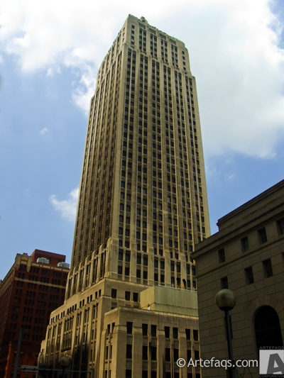 Stock photo of Gulf Tower - Pittsburgh, Pennsylvania