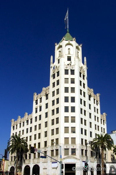 Stock photo of First National Bank of Hollywood - Los Angeles, California