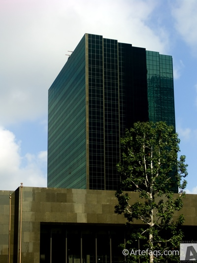 Photograph of Manulife Plaza - Los Angeles, California