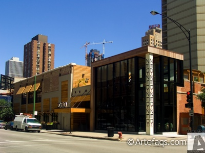 Photograph of 739 North Clark Street  - Chicago, Illinois