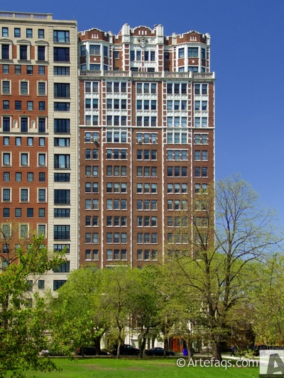 Stock photo of 2440 North Lakeview Avenue - Chicago, Illinois