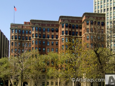 Photograph of 2600 North Lakeview Avenue - Chicago, Illinois