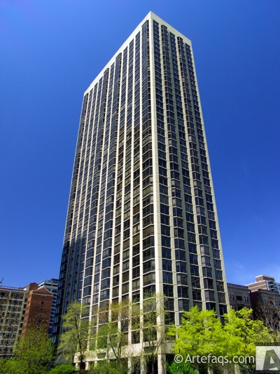 Stock photo of 2650 North Lakeview Avenue - Chicago, Illinois