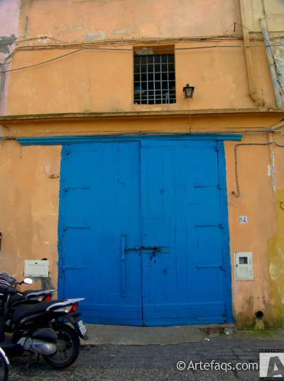 Stock photo of Door - Procida, Italy