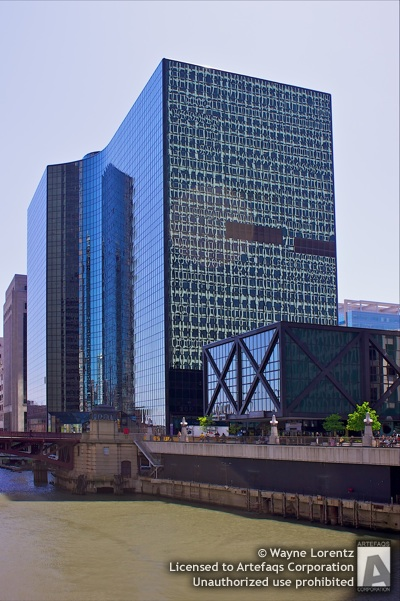 Photograph of 300 South Riverside Plaza - Chicago, Illinois