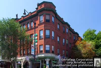 Photograph of 2914 North Broadway - Chicago, Illinois,