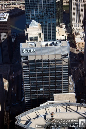 Photograph of UBS Tower - Chicago, Illinois