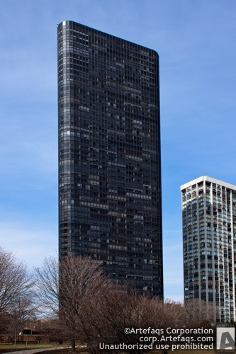 Stock photo of Park Tower, 5415 North Sheridan - Chicago, Illinois