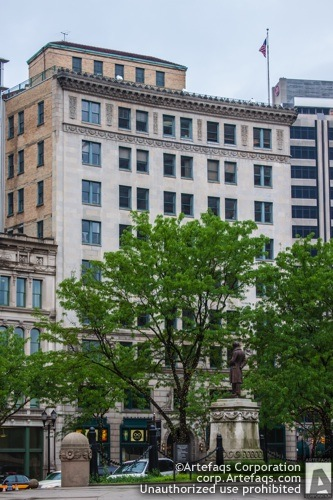 Photograph of Lacy Building, 54 Monument Circle - Indianapolis, Indianadian